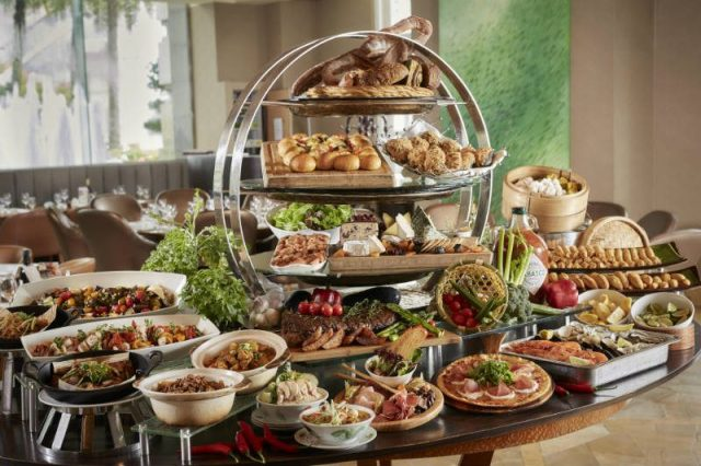 HSBC Buffet Deals Town Resturant 800x533 10 Hotel Buffet Deals That Will Help You Save While Satisfying Your Cravings