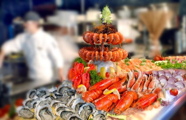 (M Hotel) Cafe 2000 Seafood buffet
