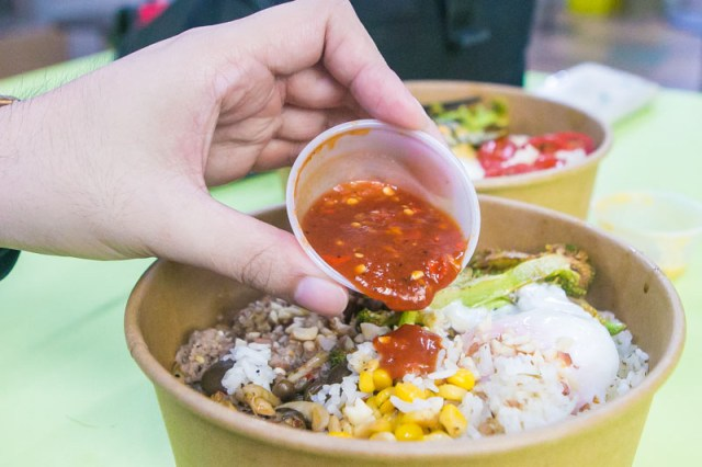 Beng Who Cooks 14 Beng Who Cooks: S$6 – S$9 DIY Healthy Protein Bowls With Sauces Like Salted Egg Yolk At Hong Lim Food Centre