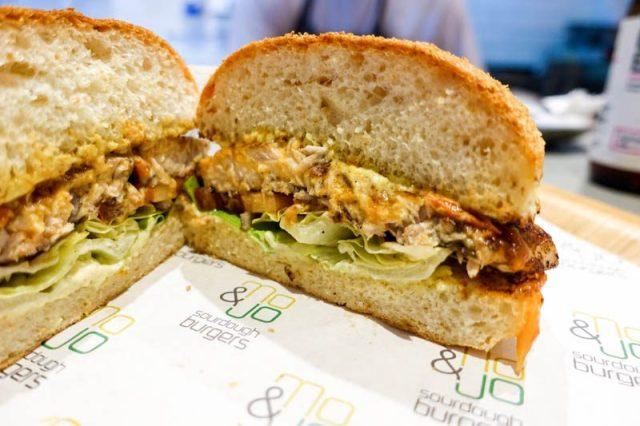 Mo + Jo Burgers 14