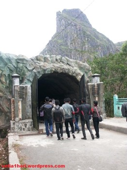 goa terowongan kelud