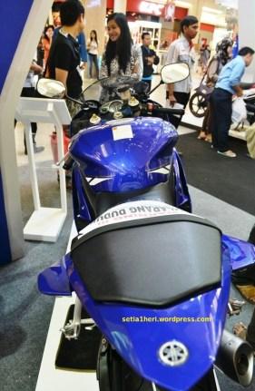 YZF-R6 biru tahun 2010