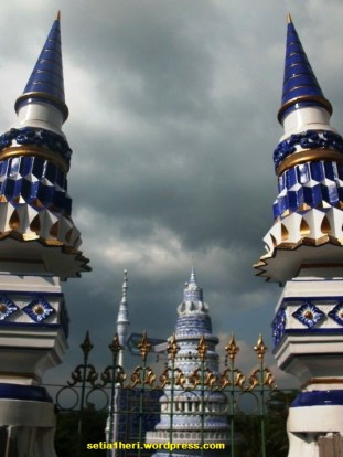 menara masjid tiban