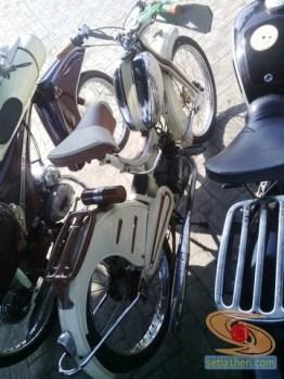 kopdar motor antik club indonesia di gresik 2014 (7)