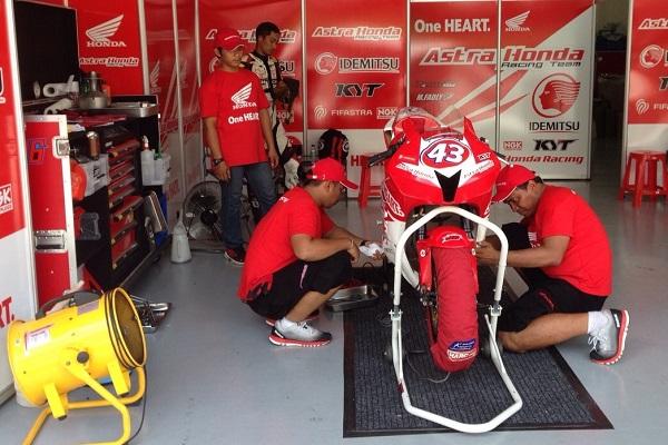 Tim balap AHRT, siap melebihi prestasi tahun lalu dalam kejuaraan balap bergengsi Asia, ARRC 2015