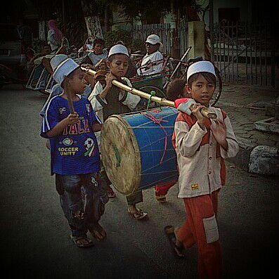 tradisi Kedundang di Lumpur Gresik 2015