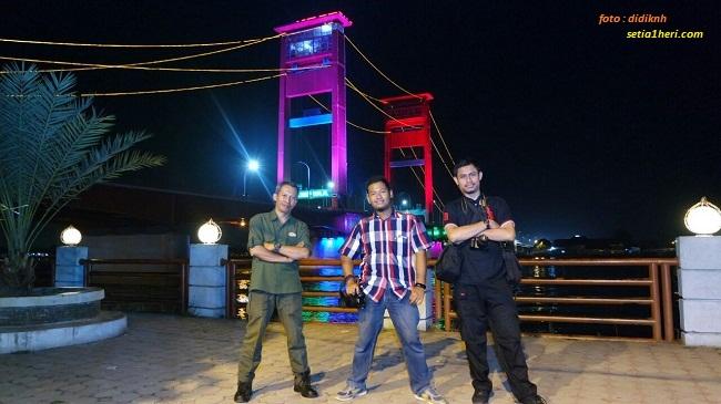 didiknh-irfan pertamax-khs di jembatan ampera