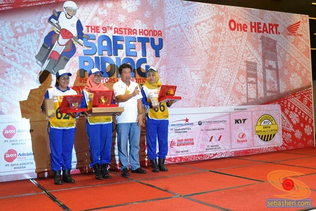 pemenang lomba Astra Honda Safety Riding Instructors Competition tahun 2015 di Palembang, Sumatera Selatan (6)