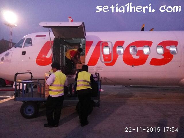 bagasi depan pesawat ATR Wings Air