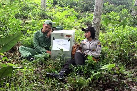 foto epik polwan mensukseskan pilkada di sumatra selatan tahun 2015 (9)