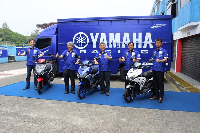 Management PT Yamaha Indonesia Motor Manufacturing saat press conference & launching Aerox 125LC