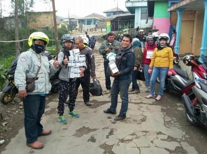 Surabaya Max Owner alias SUMO turing ke bromo sekaligus bhakti sosial januari 2016 (3)