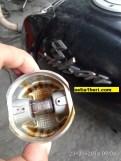 seker alias piston bajaj pulsar 180 ug 4 terbakar akibat kehabisan oli pelumas (1)