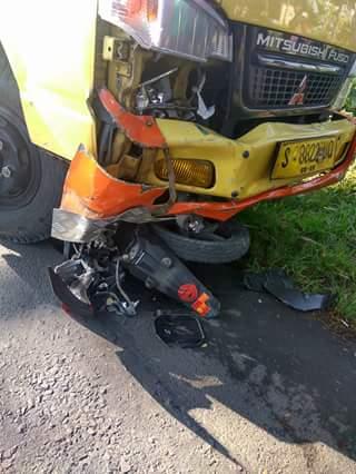 kecelakaan digilas truk di munggugianti gresik tanggal 27 Juli 2016