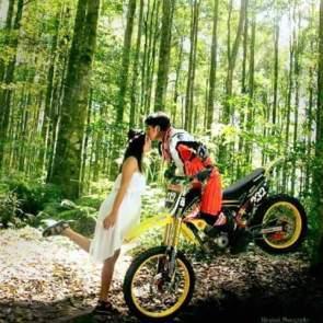 tersemai-cinta-diatas-sadel-motor-trail-yang-indah-13