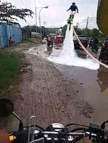 meme wisata jeglongan sewu di jalan betoyo sembayat manyar gresik 2017 ~03