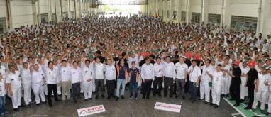 marc marquez dan dani pedrosa kunjungi pabrik honda di karawang 2 pebruari 2017~01