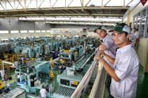 marc marquez dan dani pedrosa kunjungi pabrik honda di karawang 2 pebruari 2017~05