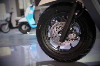 velg 12 inchi pada Honda All New Scoopy 12 inchi tahun 2017
