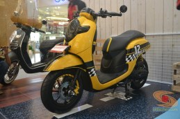 honda scoopy 12 inch modif caferacer tahun 2017 (12)