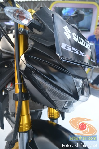 Modifikasi Suzuki GSX S 150 buat biker turing plus sidebox tahun 2017 (14)