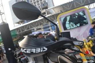 Modifikasi Suzuki GSX S 150 buat biker turing plus sidebox tahun 2017 (7)