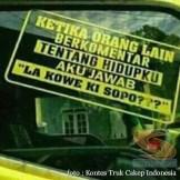 Kumpulan Tulisan lucu di kaca samping truk ....hehehe....gokil 2017 (10)