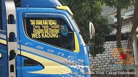 Kumpulan Tulisan lucu di kaca samping truk ….hehehe….gokil 2017 (17)