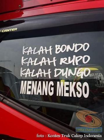 Kumpulan Tulisan lucu di kaca samping truk ….hehehe….gokil 2017 (5)