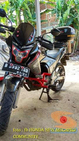 Kumpulan gambar frame slider alias tubular atau crash bar pada Honda New Megapro (3)