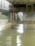 Jembatan Widang, Babat ambrol, ada 3 truk dan 1 sepeda motor terjun ke sungai Bengawan Solo tahun 2018~08