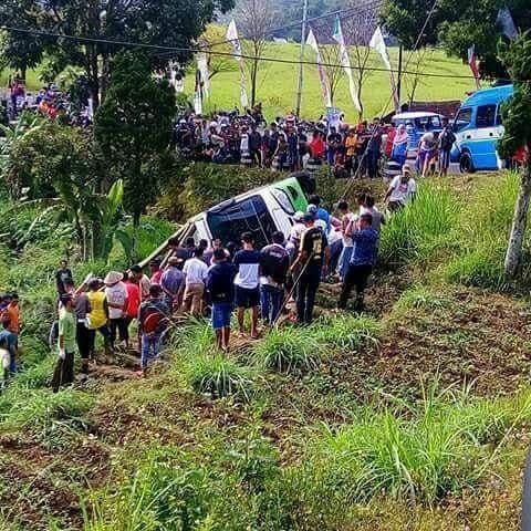 Kecelakaan maut minibus di Tanjakan Kuren, Plaosan arah Sarangan, Magetan