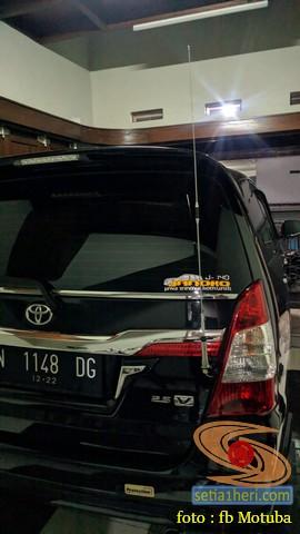 ragam posisi antena di mobil bagian belakang
