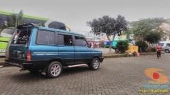 ragam posisi dan letak antena di mobil bagian belakang