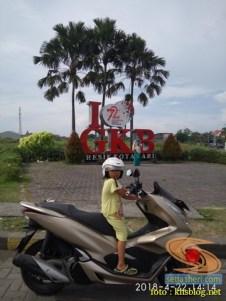 blogger setia1heri Ngincipi Honda PCX Indonesia wira-wiri Gresik-Surabaya tahun 2018 (25)