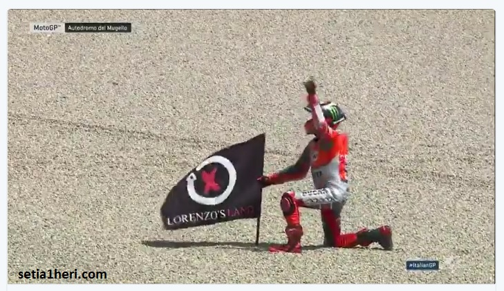 Download Video Full Race MotoGP Mugello, Italia tahun 2018 : Lorenzo ngacir di depan gans.