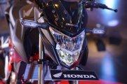 lampu depan Honda CB150R StreetFire tahun 2018