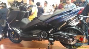 Gambar detail Yamaha Tmax DX tahun 2018 dan harga spesifikasi nya (1)
