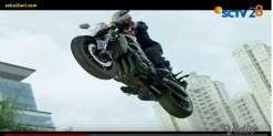 Heboh Jokowi terbang naik moge Yamaha FZ-1 di pembukaan ASIAN Games 2018