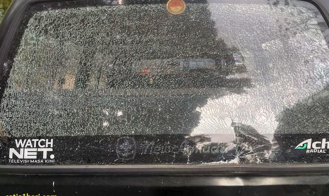 kaca mobil retak apa langsung dipecahkan