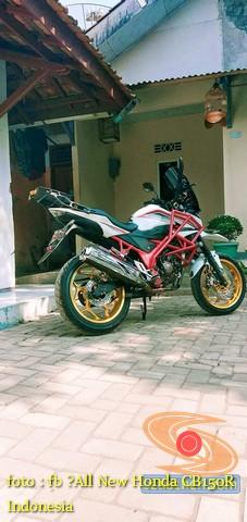 Kumpulan gambar inspirasi frame slidertubular atau crash bar pada Honda CB150R Street Fire (10)