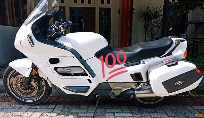 review Honda ST 1100 baby goldwing tahun 1995