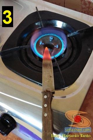 Cara kreatif ganti lampubohlam sein spion Ayla R 1200 cc, bisa dicoba gans.. (1)