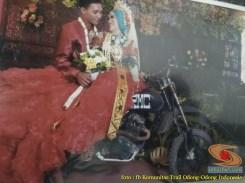 Kumpulan foto biker prewedding dan romantisme pasangan diatas motor trail brosis (16)