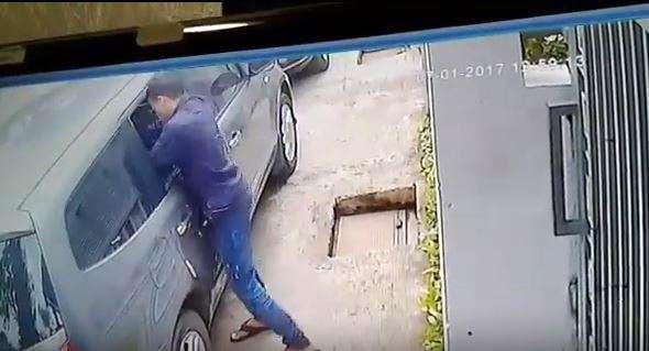 video-pencuri-pecah-kaca-mobil-medansatu