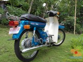 Restorasi motor lawas Yamaha V75, keren dan kinyis-kinyis brosis (2)