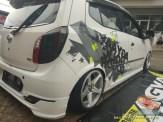 Kumpulan gambar modifikasi cutting sticker mobil Agya dan Ayla (21)