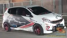 Kumpulan gambar modifikasi cutting sticker mobil Agya dan Ayla