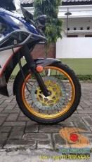 Kumpulan gambar modifikasi sepeda motor pakai piringan cakram besar brosis (18)