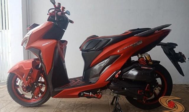 Modifikasi All New Honda Vario 150 merah merona ala sultan brosis
